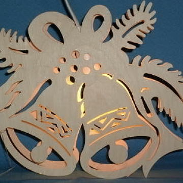 beleuchtetes Fensterbild: Glocke