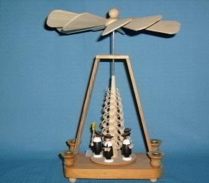 Tischpyramide mit 5 Sternsänger