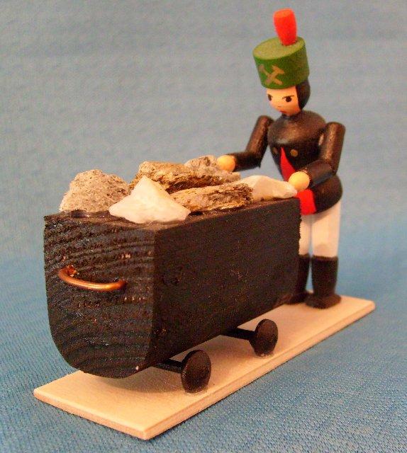 Bergmann mit Bergbauhunt
