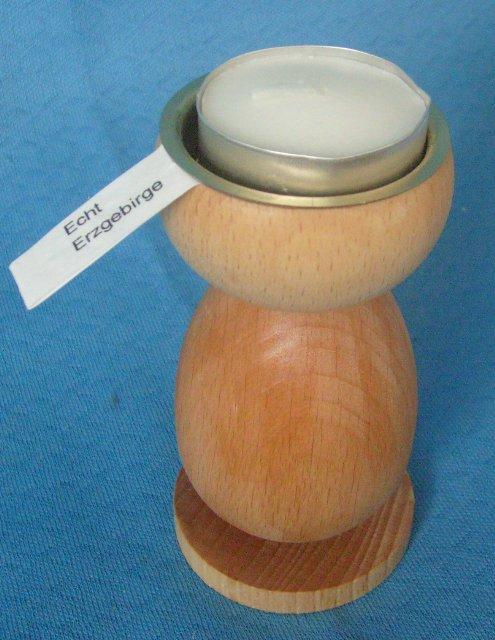 gedrechselter Holzleuchter für Teelichter