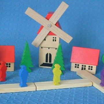 Dorf mit Windmühle